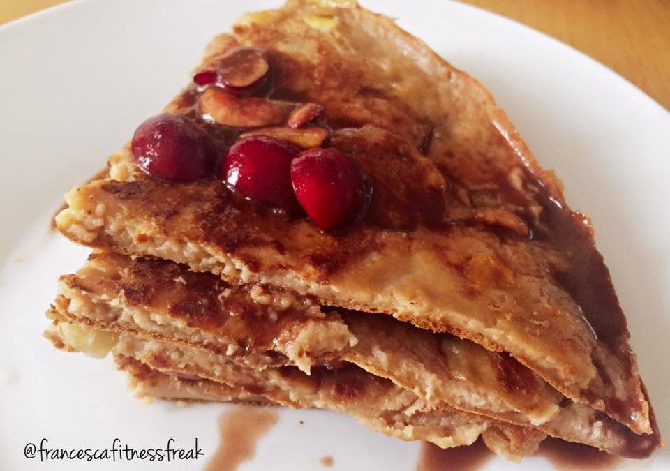 Apple Pancake con crema al cioccolato e ciliegie